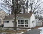Foreclosed Home in Pompton Lakes 7442 WASHINGTON AVE - Property ID: 2585963763