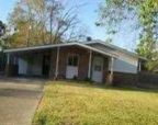 Foreclosed Home in Baton Rouge 70815 PAMELA DR - Property ID: 2629626249
