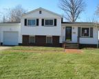 Foreclosed Home in Youngstown 44514 JEANNE LYNN AVE - Property ID: 2650473379